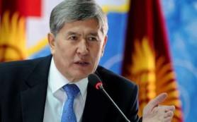 Глава Киргизии прибыл в Петербург для встречи с Путиным
