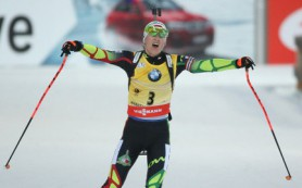 Дарья Домрачева впервые в карьере выиграла общий зачет Кубка мира по биатлону