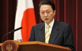 МИД Японии настаивает на отмене поездки своего экс-премьера в Крым