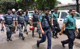 Террористы в Бангладеш «сортировали» заложников