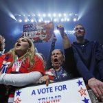 """В администрации Порошенко припугнули Трампа """"друзьями в США"""""""