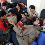 Беженцы указали министру на выход