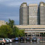 Дефицит парковок у больниц эксперт объяснил «ошибками прошлого»