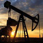 Нефть дешевеет на увеличении добычи в США