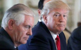 Эксперты: Между Трампом и Тиллерсоном нет доверительных отношений