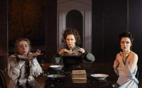 После жен Достоевского и Толстого Евгения Симонова сыграла супругу Ибсена в Школе драматического искусства