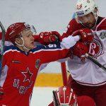 После 12-матчевой серии побед ЦСКА дважды подряд оказался на щите. Потеряла зубы атака команды Игоря Никитина