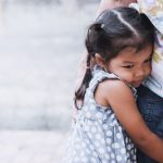 Присутствие родителя рядом в страшные моменты делает ребенка более смелым в будущем