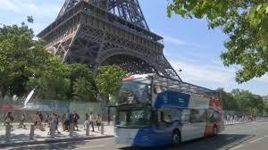 Центр Парижа могут закрыть для туристических автобусов