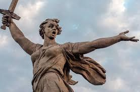 Завершается реставрация монумента «Родина-мать зовет!»