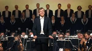 В Большом зале консерватории выступил фестивальный оркестр Бриттена-Шостаковича
