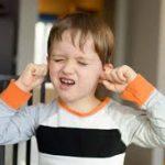 Учёные нашли гены, отвечающие за двигательный и вокальный тик у детей