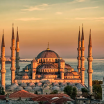 «Интурист» продлевает чартерную программу в Стамбул