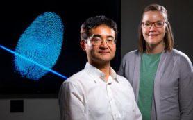 Химики используют масс-спектрометрические инструменты для определения возраста отпечатков пальцев
