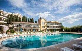 Крымским отелям разрешили открыться для местных жителей с 15 июня