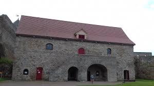 В Ивангородской крепости восстанавливают витражи Малого порохового амбара