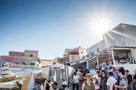 Британцы массово улетают с греческих островов, чтобы избежать нового карантина