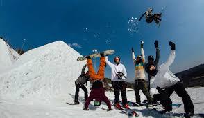 Горнолыжно-сноубордический Happy Hour Camp пройдет на Курорте Красная Поляна весной 2021 года