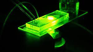 Ученые МГУ создадут однофотонные источники света на чипе