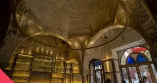 Остатки бань XII века обнаружили археологи Севильи