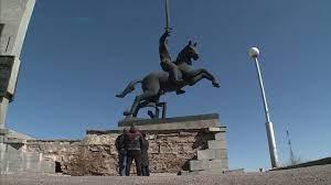 В Великом Новгороде расследуют причины обрушения монумента Победы