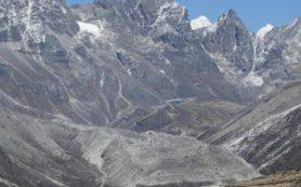 Каменные ледники замедлят таяние гималайского льда