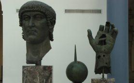 Итальянские и французские эксперты восстановили кисть статуи императора Константина