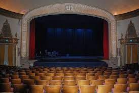 Осенью зрительные залы вновь могут заполниться на 100 процентов
