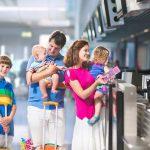 Озвучены правила субсидирования льготных авиаперевозок семей с детьми