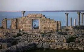 Археологи музея-заповедника «Херсонес Таврический» изучают крепость Каламита