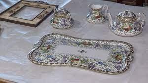 В музей-заповедник «Павловск» передали двадцать раритетов, изъятых на таможне при незаконном пересечении границы