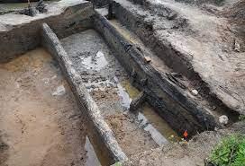 Основание деревянной крепости IX века обнаружили археологи в Великом Новгороде